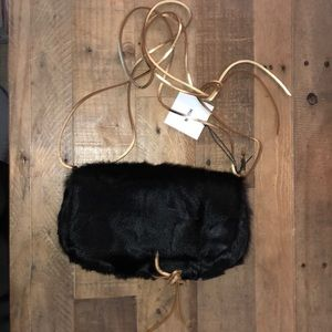 Muun faux fur crossbody bag